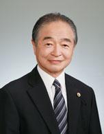 東京都歯科医師会会長 山崎 一男